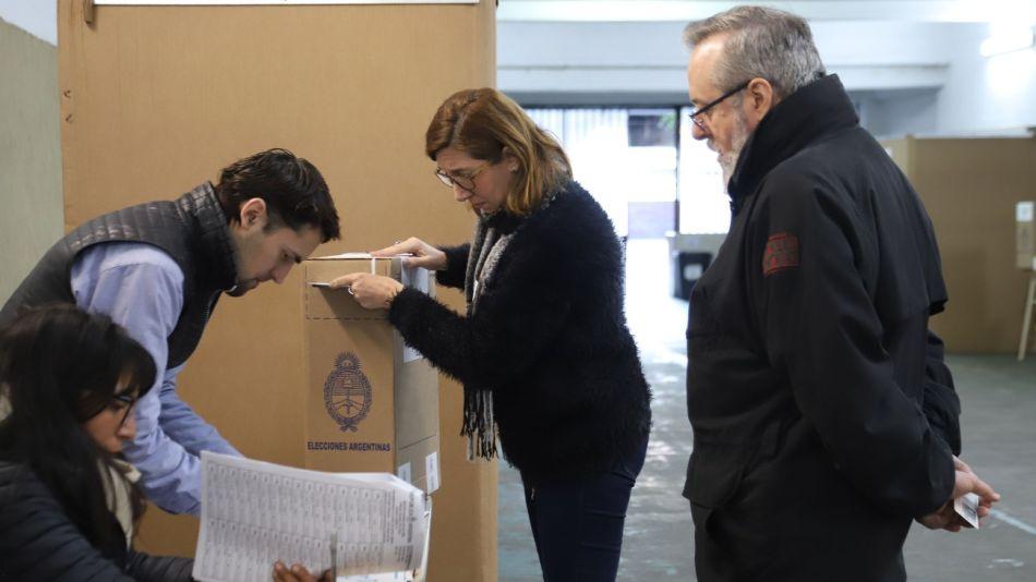 urnas votos 08112019