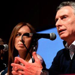 President Mauricio Macri (right) and other members of the Juntos por el Cambio coalition, including Buenos Aires Province Governor María Eugenia Vidal (