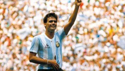 Así jugó Brown casi toda la final contra Alemania en 1986.
