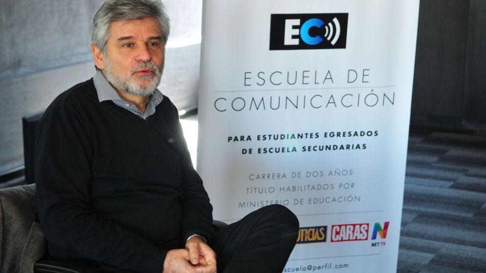 Daniel Filmus en la Escuela de Comunicación de Perfil.