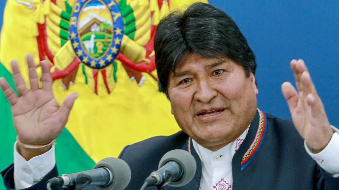 Handout picture relased by the Bolivian Presidency of Bolivian President Evo Morales speaking during a press conference at the Casa Grande del Pueblo in La Paz, on August 13, 2019.