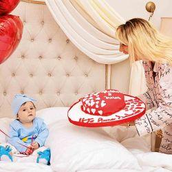 """Vicky Xipolitakis asegura que su hijo sana su """"corazón roto"""""""