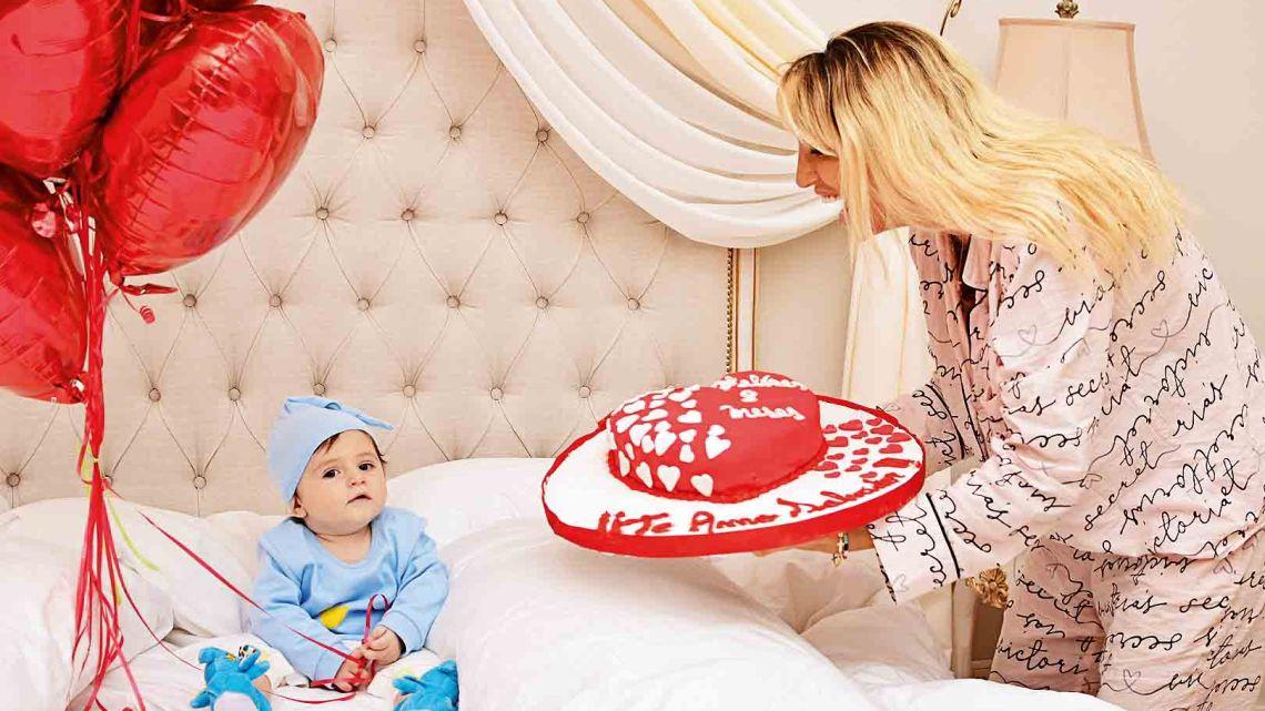 """En el peor momento de su vida, Vicky Xipolitakis asegura que su hijo sana su """"corazón roto"""""""