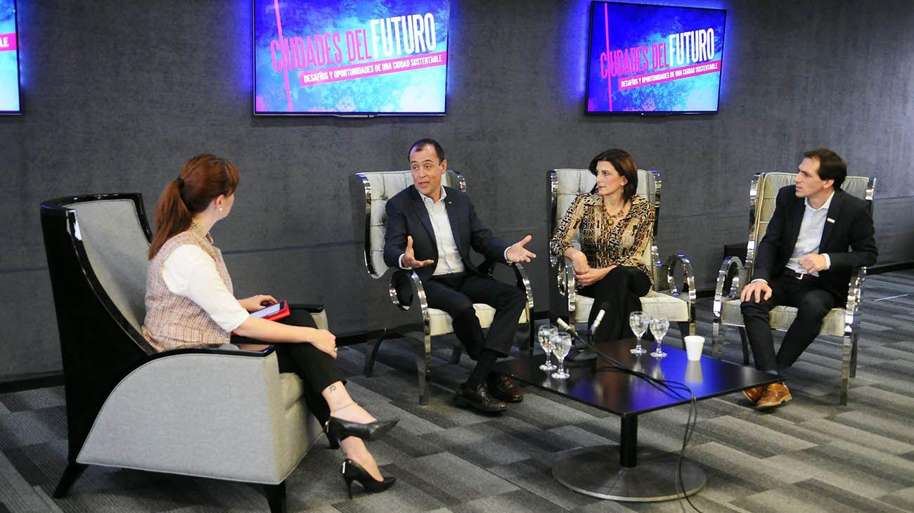 Ciudades del Futuro: Charla con representantes de Coca Cola, Toyota y Andreani en Editorial PERFIL.