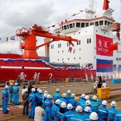 El gigante asiático no escatima en gastos y ha realizado una fuerte inversión para dotar al buque con la última tecnología para la navegación y exploración polar.