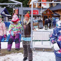 Las divertidas vacaciones de Nicole Neumann y sus tres hijas en la nieve