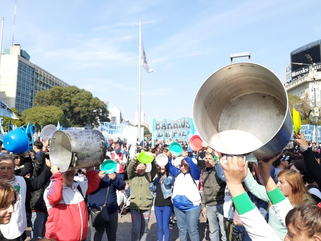 Protestas en la Ciudad por la crisis económica y medidas anunciadas.