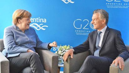 G20. Marcri con Angela Merkel, durante la cumbre global en diciembre en Buenos Aires.