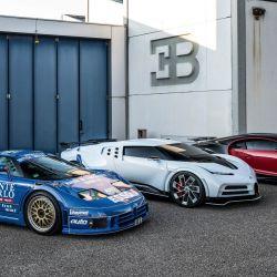 Los EB110, Centodieci y Chiron en la anterior planta de Bugatti en Campogalliano, Italia.