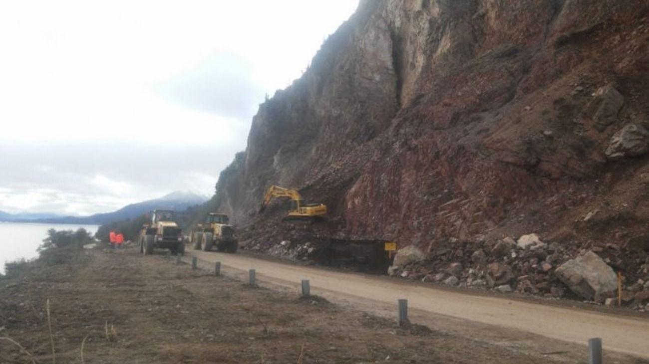 A 28 días del derrumbe, reabren un carril de la Ruta 40 en la Patagonia