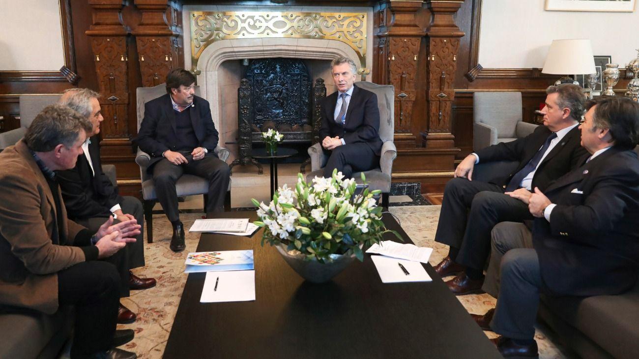 """Macri despejó dudas ante la Mesa de Enlacedel campo: """"Las retenciones no se tocan"""""""