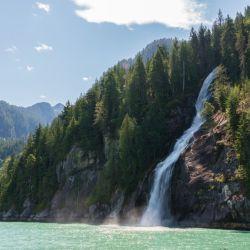 """Tan bello que parece irreal: cataratas del """"Canal de la Desolación"""