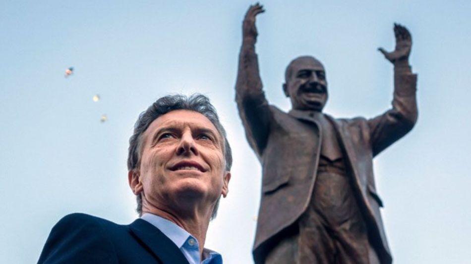 Mauricio Macri lanzó un paquete de medidas económicas para aliviar el bolsillo de los argentinos tras la derrota en las PASO.