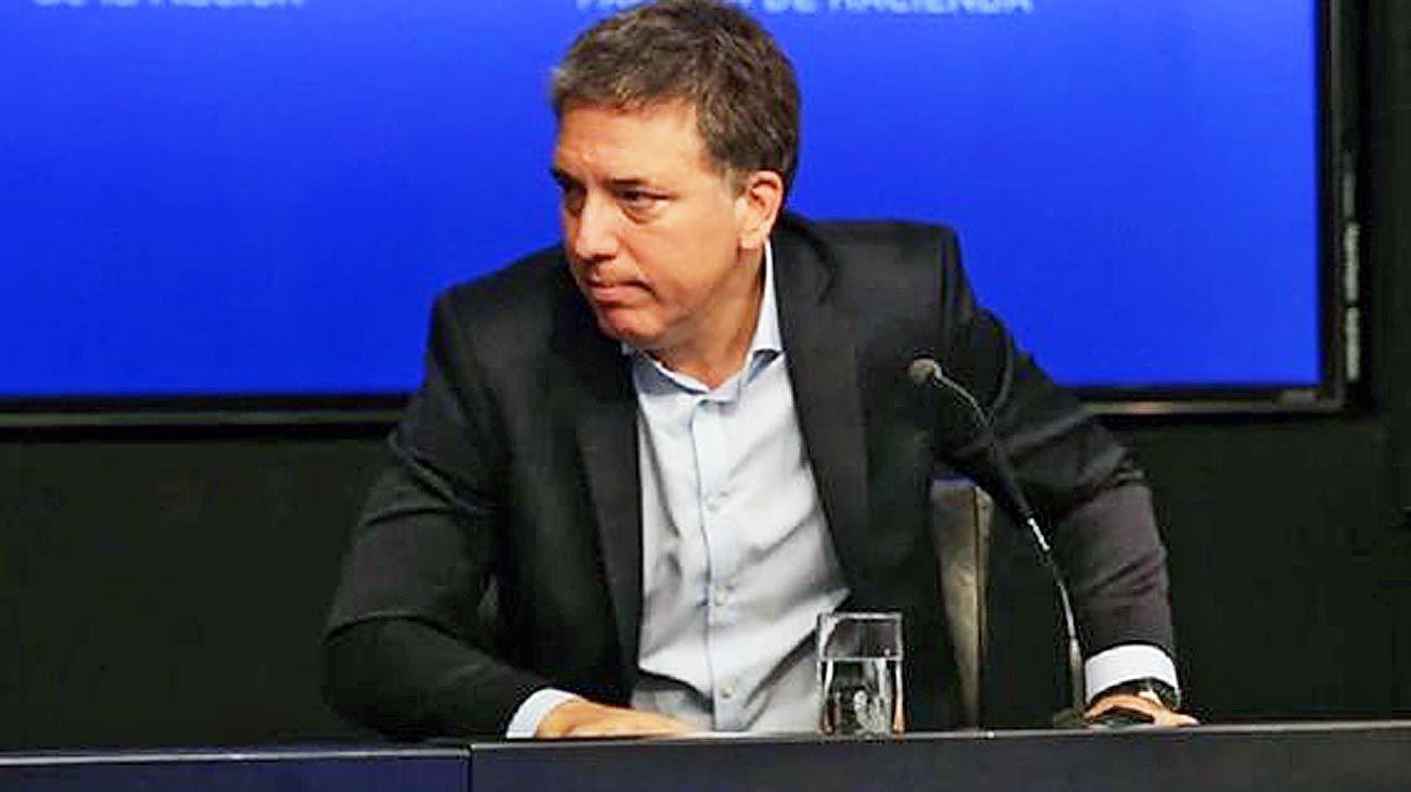 Querido Mauricio. Así encabezó su carta formal de renuncia el ahora ex ministro Nicolás Dujovne.