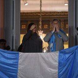 Juliana Awada, protagonista junto a Mauricio Macri en el balcón de la Casa Rosada