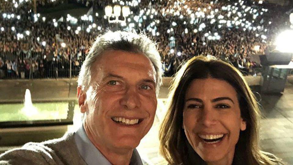 Macri y Awada, desde el balcón de la Casa Rosada.