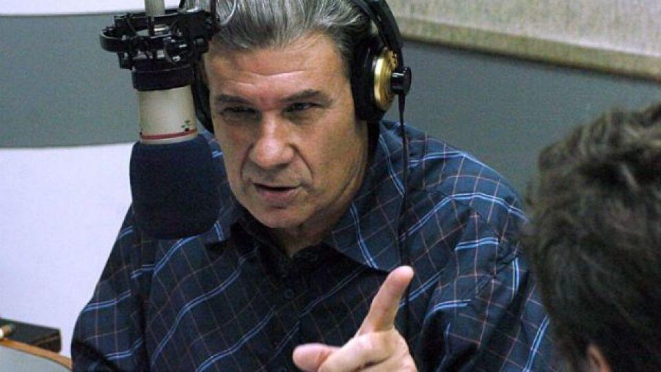 AUDIO: La bronca de Víctor Hugo porque Alberto Fernández participó del evento de Clarín
