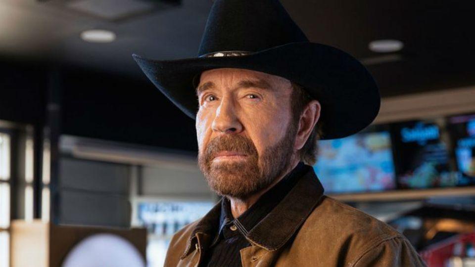El mal momento de Chuck Norris que lo obligó a anunciar su retiro