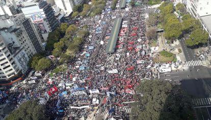 En Argentina expresan la ira que padece una sociedad muy golpeada.