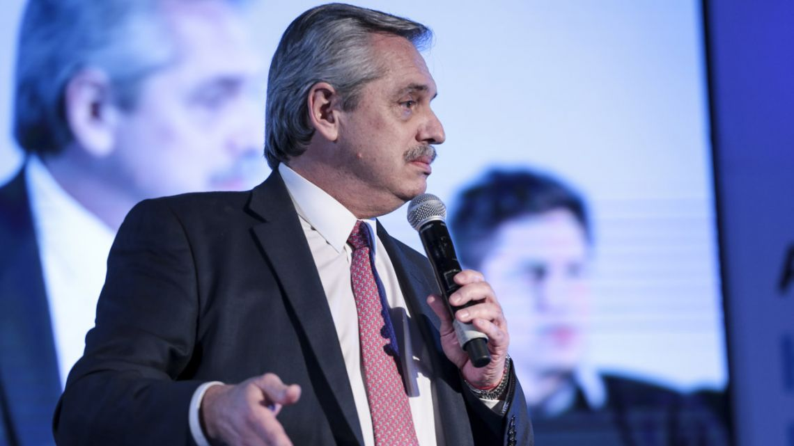 Presidential candidate Alberto Fernández holds a campaign rally ahead of the PASO primaries.