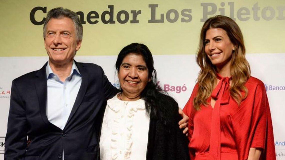 Juliana Awada impactó con su look en la cena anual de la fundación de Margarita Barrientos