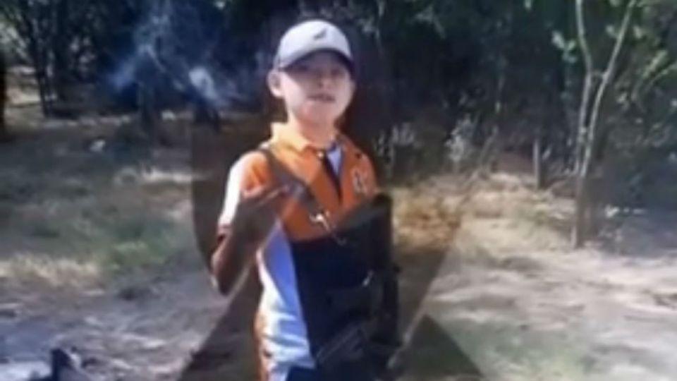 """""""Juanito Pistola"""", el joven narco de 16 años que murió abatido por las fuerzas de seguridad en México."""