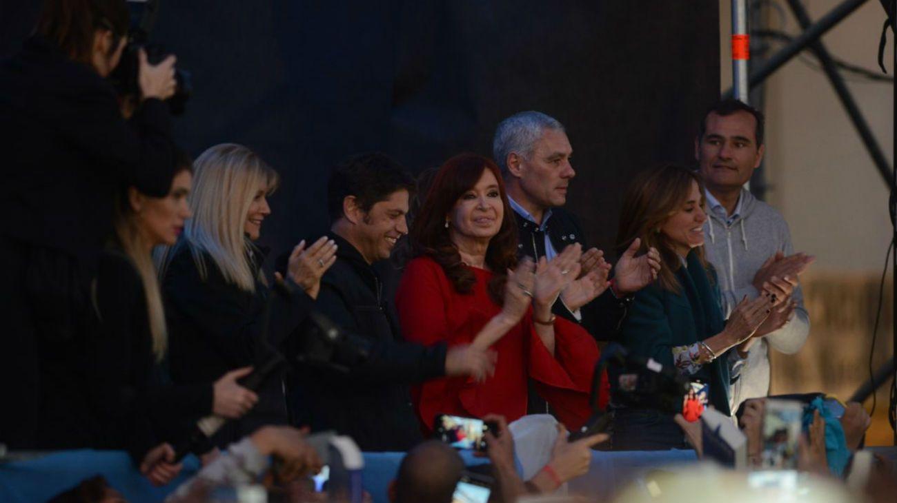 """Cristina Kirchner en La Plata: """"Nunca hubiéramos ganado si el Gobierno hubiese hecho las cosas bien"""""""