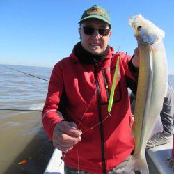 Recuerden que en el Río de la Plata no rige la veda debido a que son aguas abiertas, aunque de todas maneras pesquemos lejos de las zonas de desove.