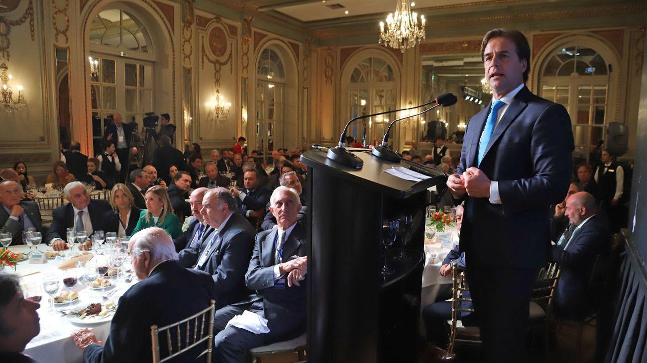 Luis Lacalle Pou, candidato del Partido Nacional uruguayo, en un almuerzo con empresarios de las dos orillas en el Alvear Palace
