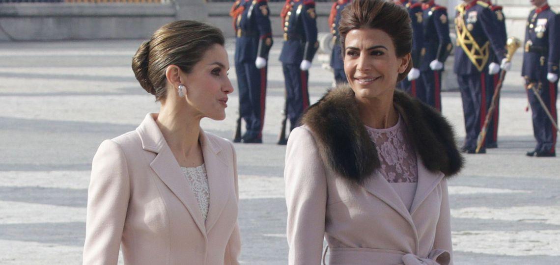 ¿Cuál es el vestido que Letizia le copió a Juliana Awada?