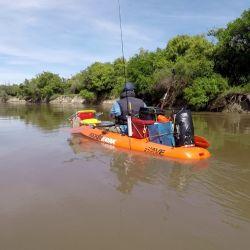 Inolvidable travesía de dos días por el río Gualeguay. Navegación, campamentos en la orilla y mucho verde para relajarse.