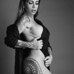Flor Peña, al desnudo en las redes sociales