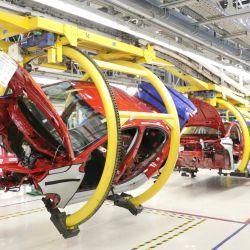 En agosto la producción nacional de vehículos alcanzó las 30.815 unidades.