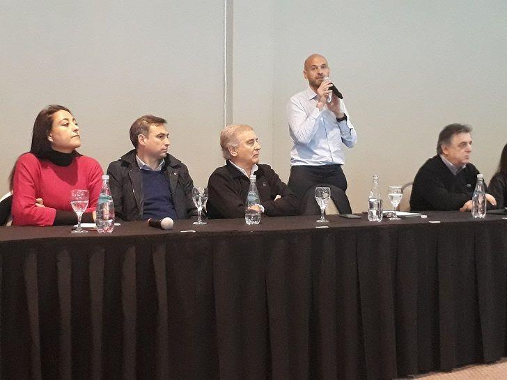 HOMBRE FUERTE. Guillermo Dietrich, el nuevo referente de la campaña cordobesa, junto a Mestre, Aguad, Negri y El Sukaría.