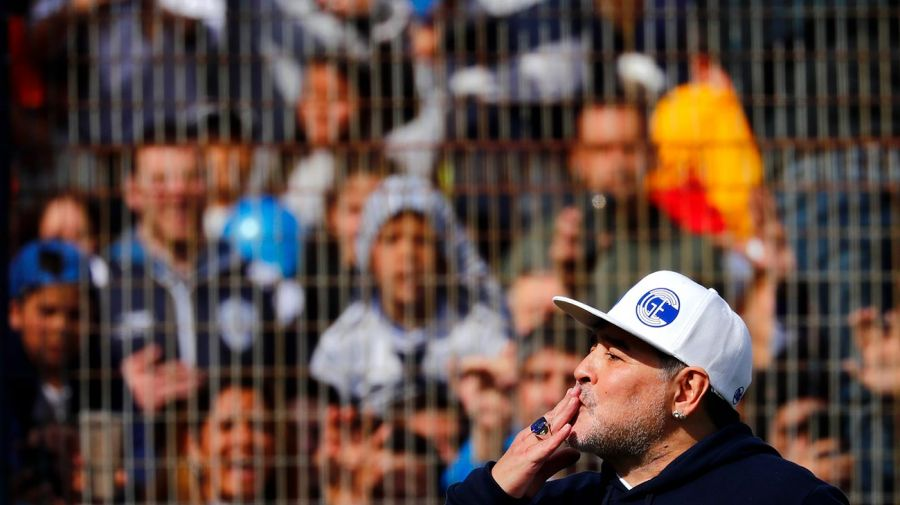 Buenos Aires Times | Emotional Maradona inspires devotion ...
