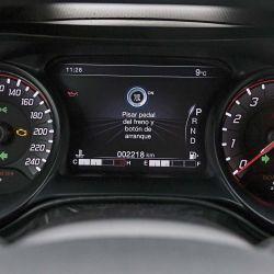 Comparativo / Fiat Cronos Centenario - Toyota Yaris Sedan XLS CVT -  VOLKSWAGEN Virtus Highline AT