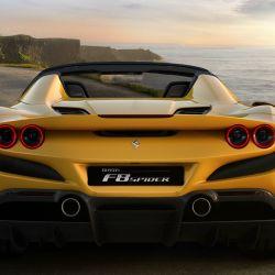 Ferrari F8 Spider.