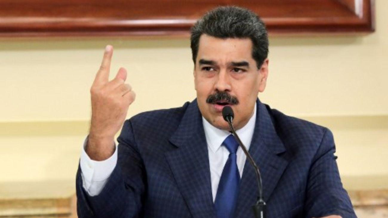 Maduroamenaza con invadir Colombia y desplegará 150.000 militares en la frontera