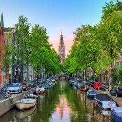 La seguridad personal, en la que destaca la transparencia de su democracia, hace de Amsterdam una ciudad ideal para vivir.