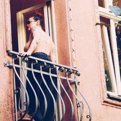 Connie Ansaldi hizo un topless internacional