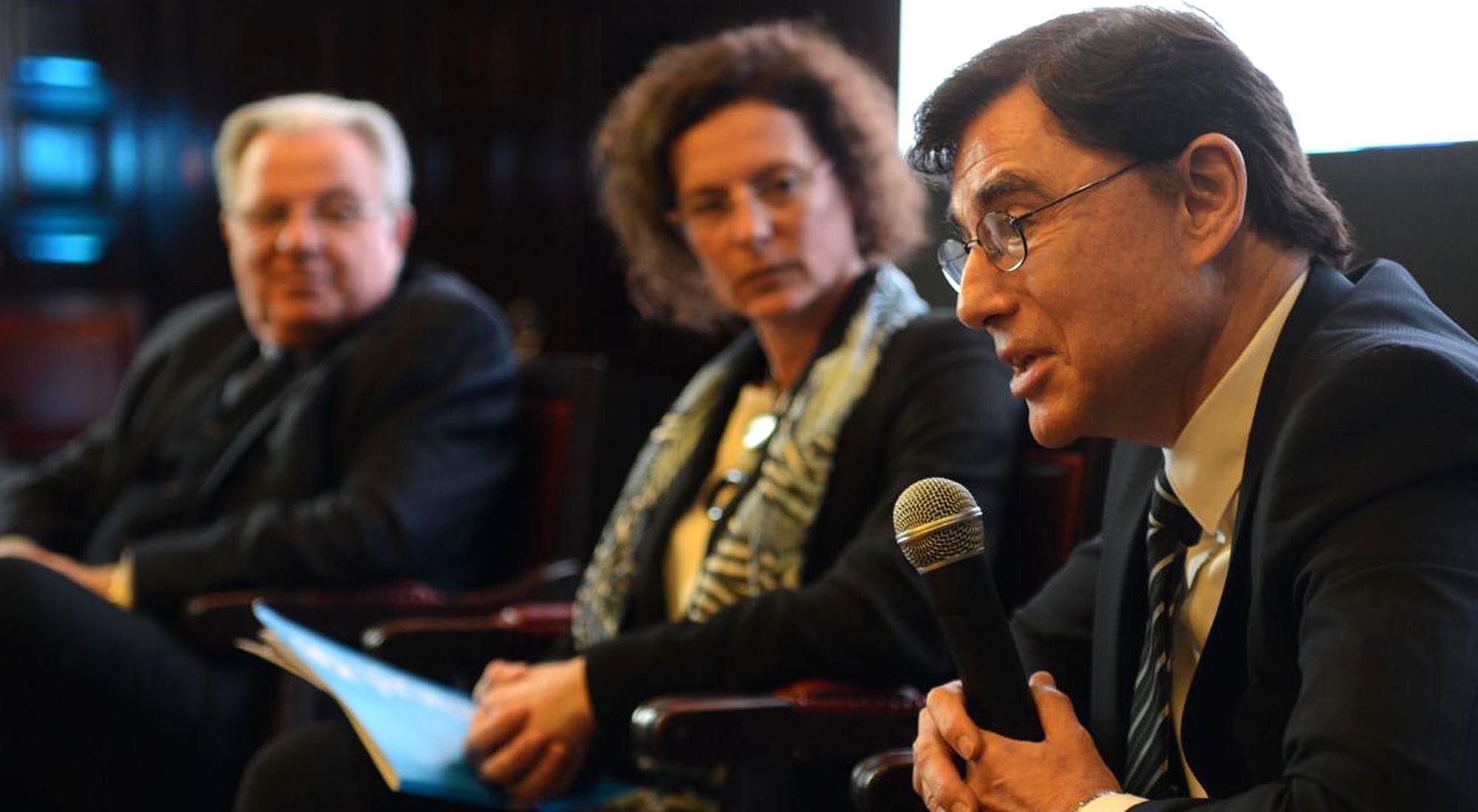 Jorge Fontevecchia en el Foro por laEducación