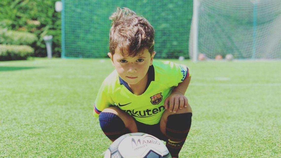 El desopilante video de Mateo Messi imitando a su papá