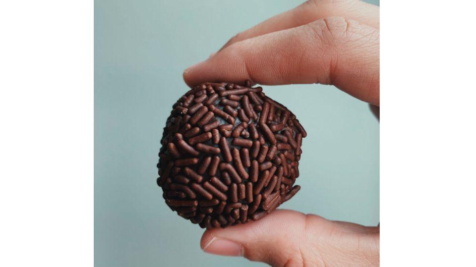 Lo recomendable es consumir entre 20 y 30 gramos diarios de chocolate.