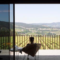 Las habitaciones del hotel Monverde tienen una buena vista hacia los viñedos. Foto: Fernando Guerra/Monverde Hotel/dpa-tmn.