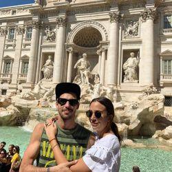 Las excéntricas vacaciones de Nai Awada con su novio, David