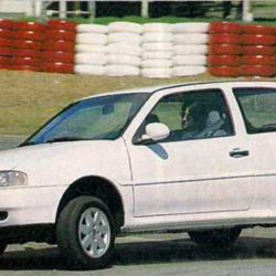 Volkswagen Gol (edición de abril de 1998)