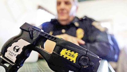 Polémica. En julio, el Gobierno adquirió 100 armas electrónicas.