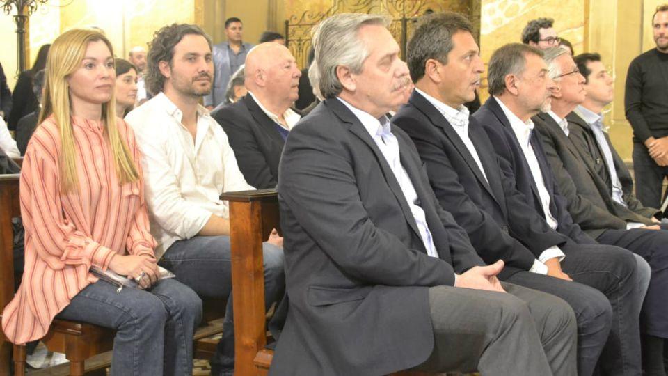 Alberto F, Massa, Gioja, Caserio y De Pedro en la misa.
