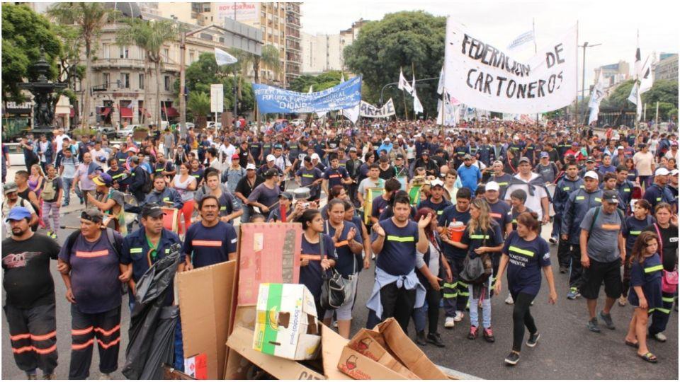 La Federación Argentina de Cartoneros, Carreros y Recicladores de la CTEP se movilizará mañana a la Secretaría de Ambiente.