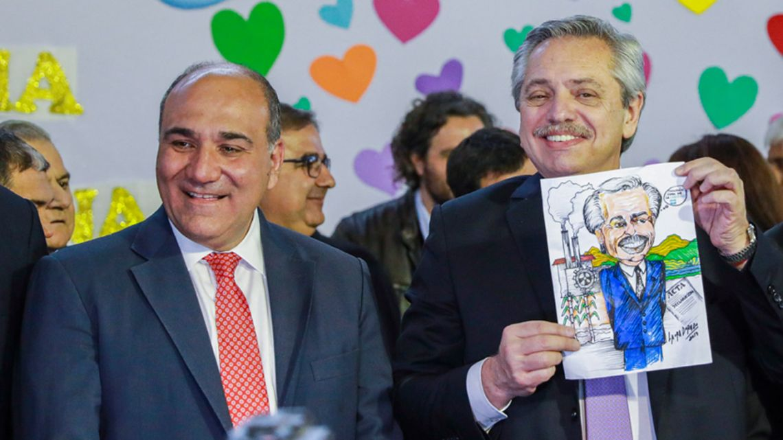 Presidential candidate for Frente de Todos Alberto Fernández, pictured at a campaign event in Tucumán, alongside Governor Juan Manzur.